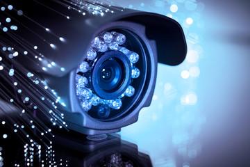 Dịch vụ vệ sinh camera quan sát