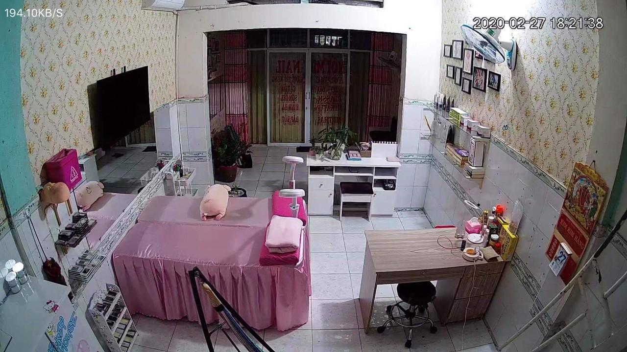 Hình ảnh Camera quan sát tiệm Nail - Nối mi